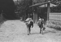 Tének people walking in their community